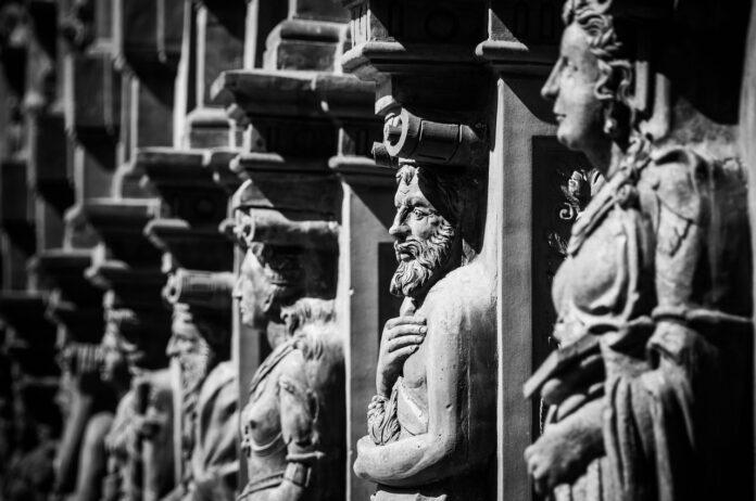 Statuer fra meget gamle dage
